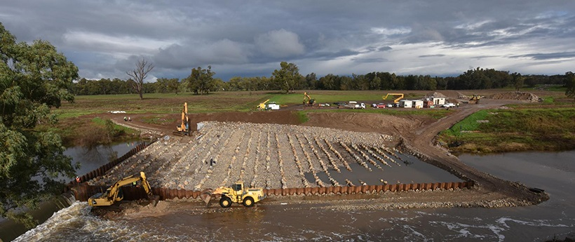 Construction of the rock ramp and fishway at South Dubbo Weir on 05/07/2016